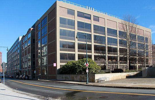 Buildings E17 and E18 facade photo