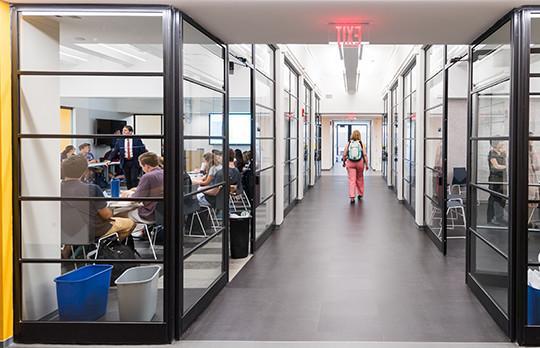Building 9 classroom (Photographer Justin Knight)